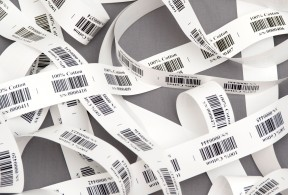 Textile labels with barcodes